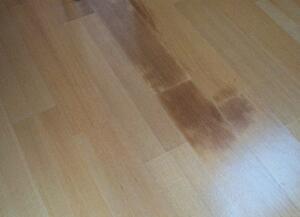 Roest vlekken op de vloer verwijderen