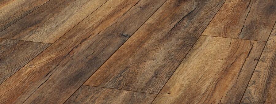 Beroemd Goedkoop rustiek laminaat voelbare houtstructuur | Bebo Parket DA44