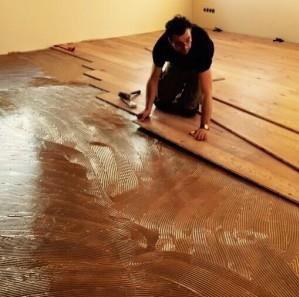 Verschillende manieren van een houten vloer leggen