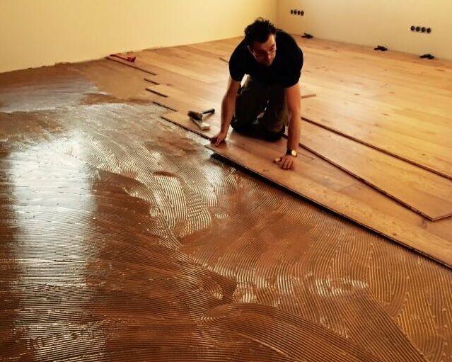 Doe het zelf instructie houten vloeren leggen bebo parket