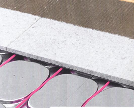 Elektrische vloerverwarming in dragende platen met aluminium profielen